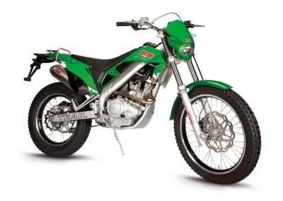 hm-moto-locusta-200-2016 (4)